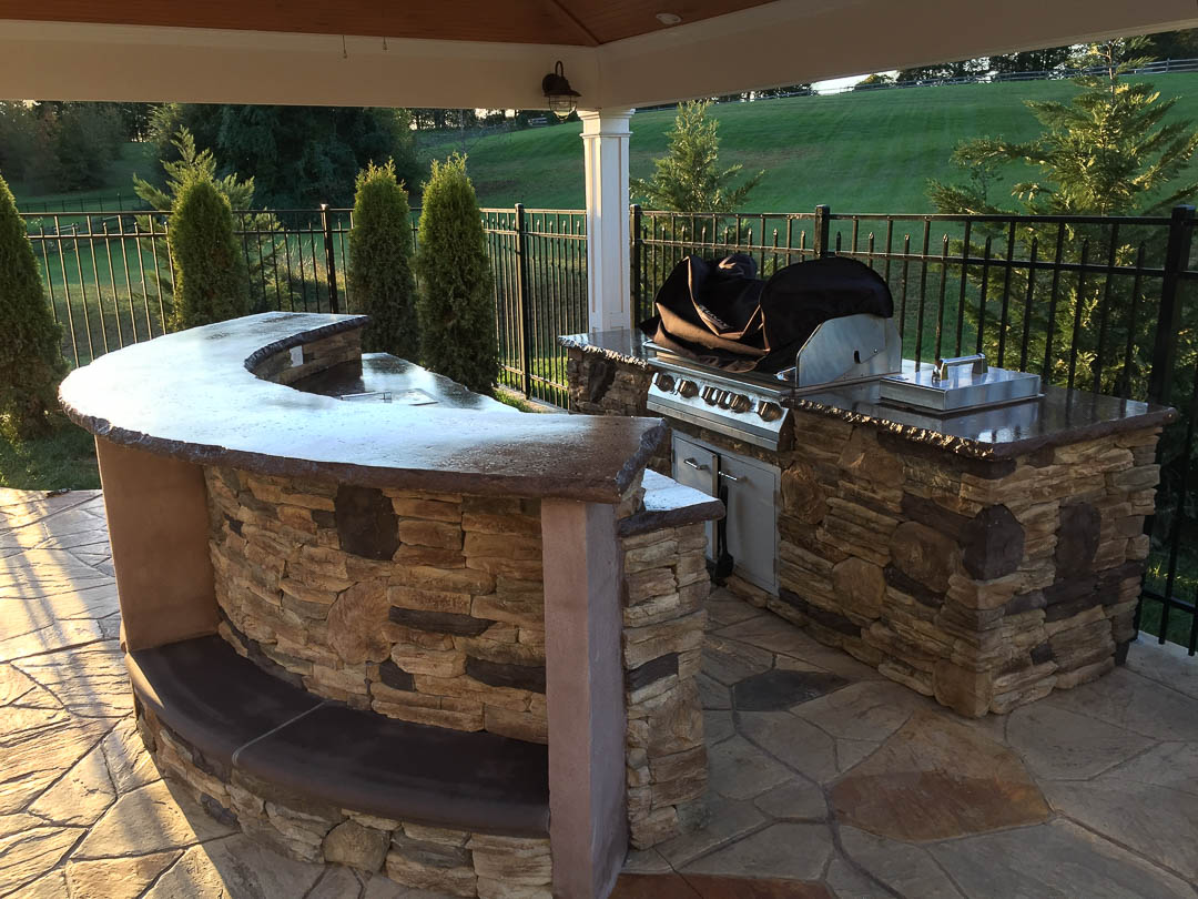 Outdoor Kitchen - Projects